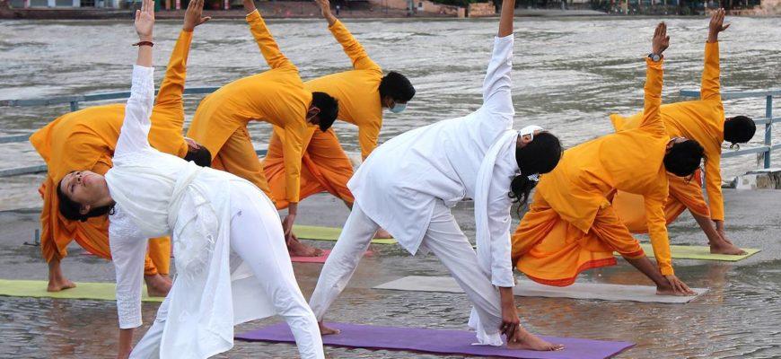 День йоги 21 июня: традиции и история праздника