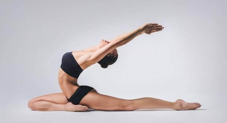 Упражнения йоги для похудения в домашних условиях
