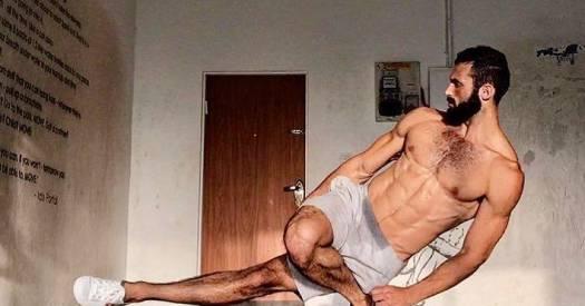 Йога для начинающих: комплексы упражнений на 5, 10 и 15 минут - Лайфхакер