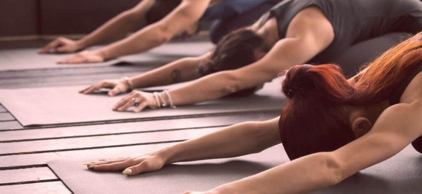 Чем йога полезна для женщин? ТОП 11 полезных эффектов